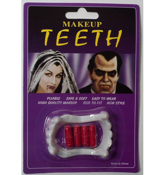 Dracula tanden met bloedcapsules